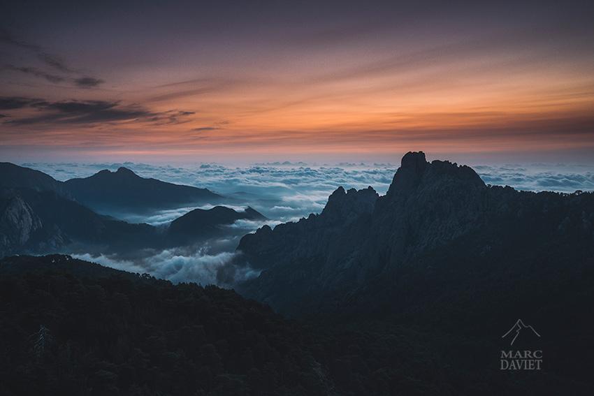 Bavella en Corse au petit matin