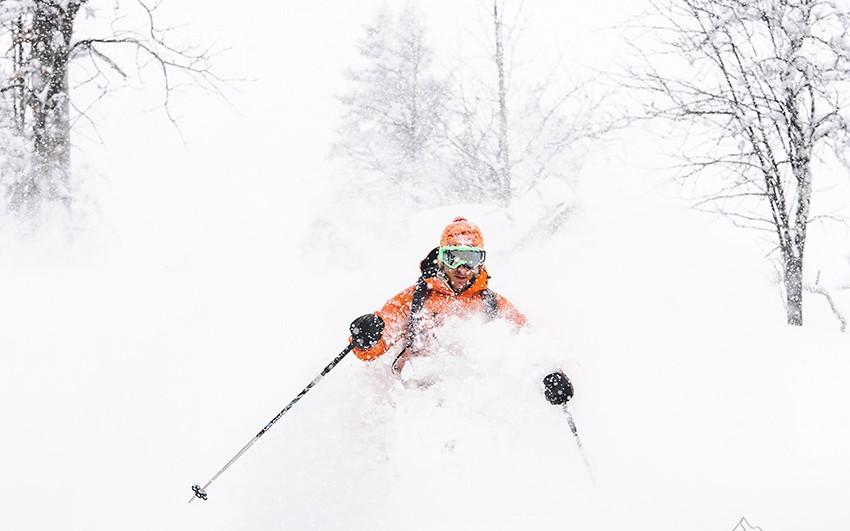 ski en poudreuse à la Sambuy