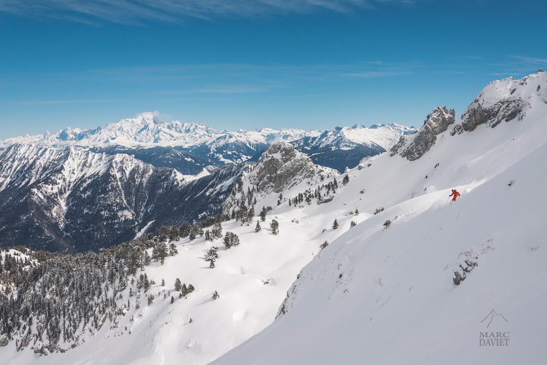 Le massif du Mont-Blanc depuis la Sambuy.