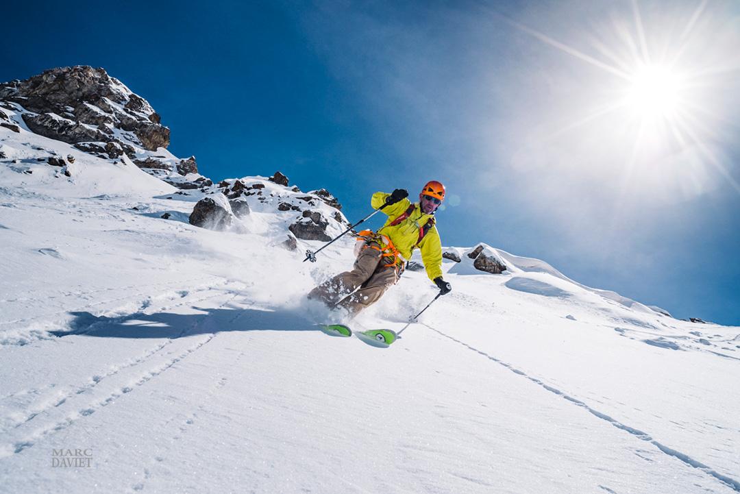 Skieur en hors-piste à Serre Chevalier