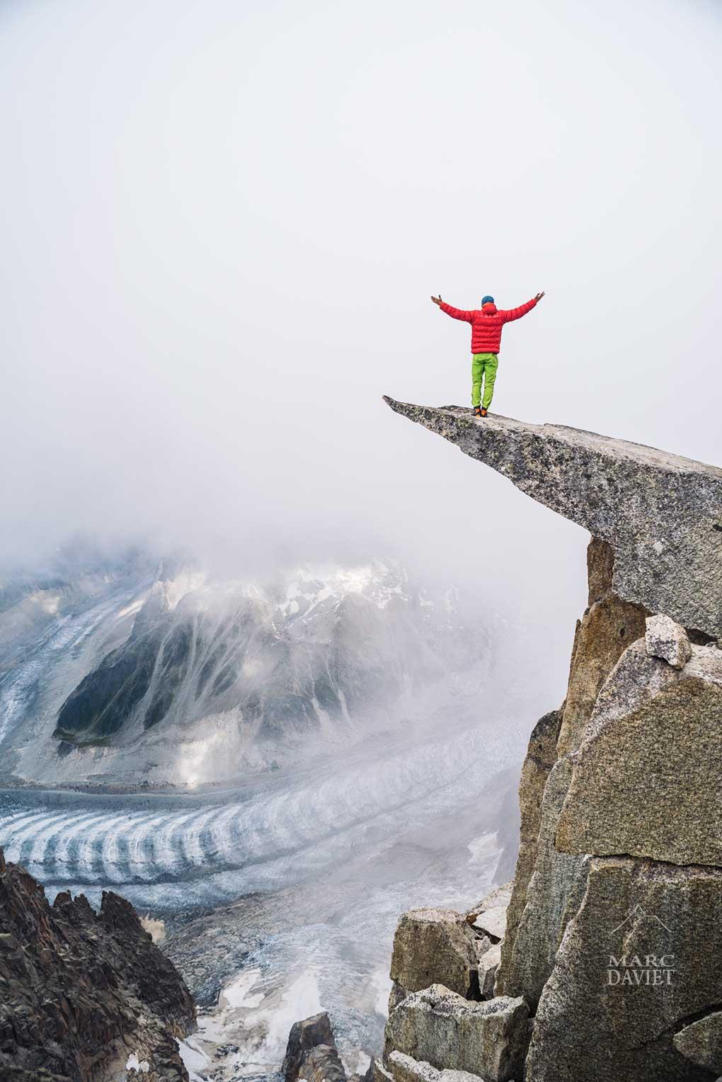 Christophe Dumarest au sommet de l'Aiguille du Fou